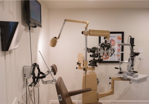 Best in Sight Eye Care Exam Rooms